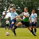 Spielszene Herrendivision 1 Vorspiel Berlin (blau) gegen Dublin Devils (weiß/grün), Endergebnis 3:0 IGLFA European Championship 2015 Hamburg  © philippszyza.com